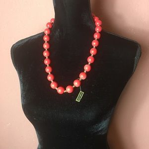 Necklace with large beads